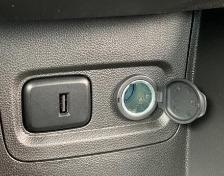 Vauxhall Viva SE AC 27