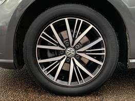 Volkswagen Golf SE NAVIGATION TSI BLUEMOTION TECHNOLOGY 13
