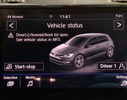 Volkswagen Golf SE NAVIGATION TSI BLUEMOTION TECHNOLOGY 35