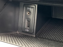 Volkswagen Golf SE NAVIGATION TSI BLUEMOTION TECHNOLOGY 38