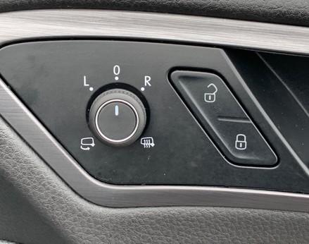 Volkswagen Golf SE NAVIGATION TSI BLUEMOTION TECHNOLOGY 48