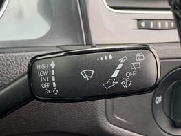 Volkswagen Golf SE NAVIGATION TSI BLUEMOTION TECHNOLOGY 46