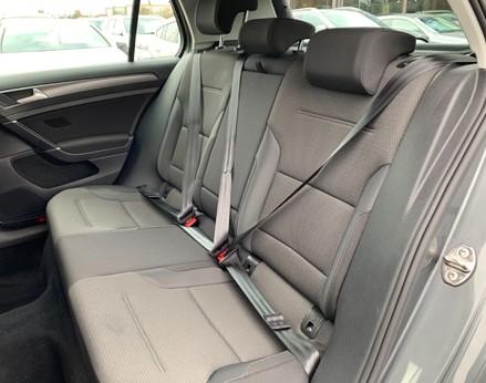 Volkswagen Golf SE NAVIGATION TSI BLUEMOTION TECHNOLOGY 52