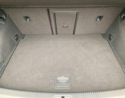 Volkswagen Golf SE NAVIGATION TSI BLUEMOTION TECHNOLOGY 55