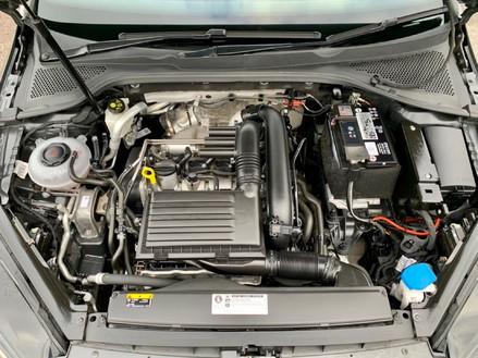 Volkswagen Golf SE NAVIGATION TSI BLUEMOTION TECHNOLOGY