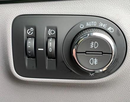 Vauxhall Corsa SE 38