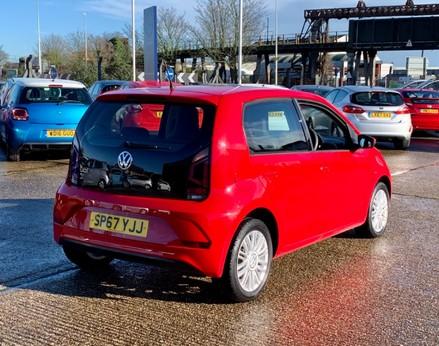 Volkswagen Up MOVE UP 8