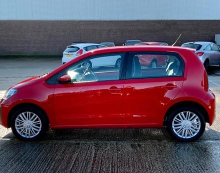 Volkswagen Up MOVE UP 11