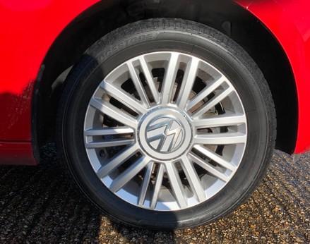 Volkswagen Up MOVE UP 16