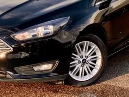 Ford Focus ZETEC EDITION 3