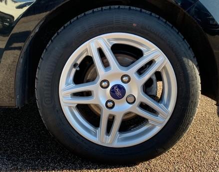 Ford Ka+ ZETEC 16