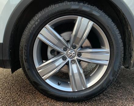 Volkswagen Tiguan SEL TDI BMT 13