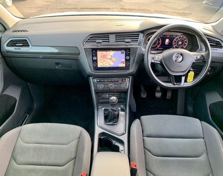 Volkswagen Tiguan SEL TDI BMT 2