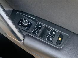 Volkswagen Tiguan SEL TDI BMT 48