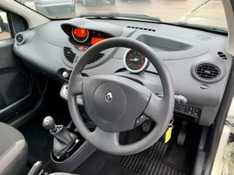 Renault Twingo DYNAMIQUE 17