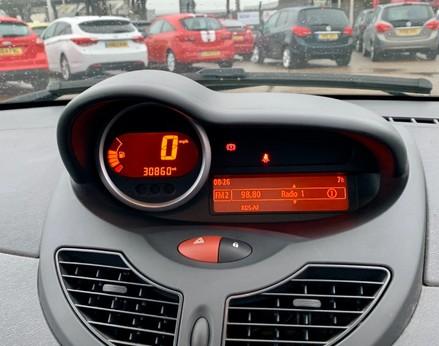 Renault Twingo DYNAMIQUE 19