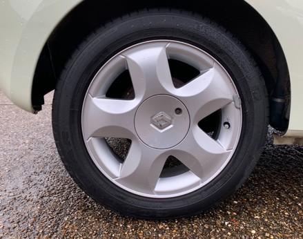 Renault Twingo DYNAMIQUE 13
