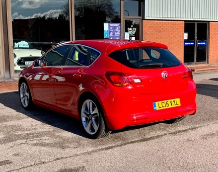Vauxhall Astra LIMITED EDITION 9