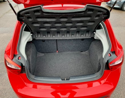 SEAT Ibiza TSI FR TECHNOLOGY 50