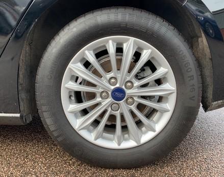 Ford Focus TITANIUM 14