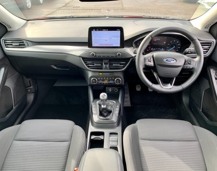 Ford Focus TITANIUM 2