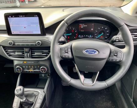 Ford Focus TITANIUM 18
