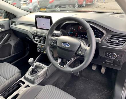 Ford Focus TITANIUM 17