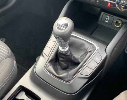 Ford Focus TITANIUM 36