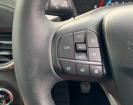 Ford Focus TITANIUM 41