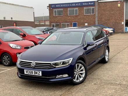 Volkswagen Passat SE BUSINESS TDI