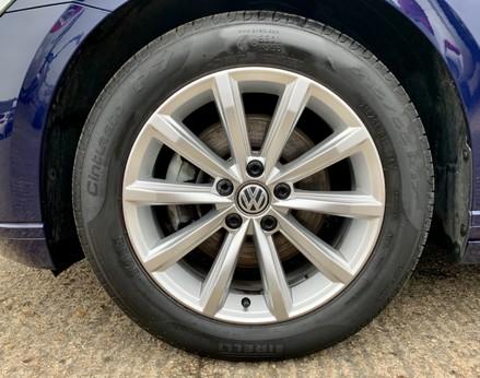 Volkswagen Passat SE BUSINESS TDI 13