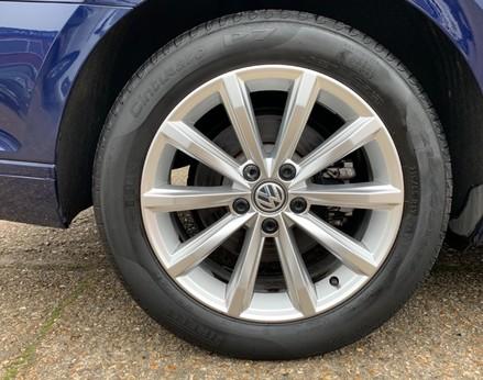 Volkswagen Passat SE BUSINESS TDI 14
