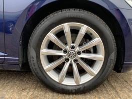 Volkswagen Passat SE BUSINESS TDI 16
