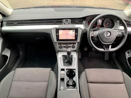 Volkswagen Passat SE BUSINESS TDI 2