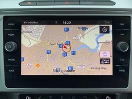 Volkswagen Passat SE BUSINESS TDI 22