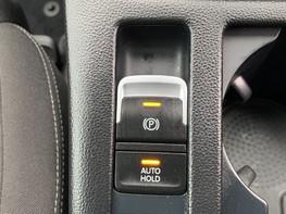Volkswagen Passat SE BUSINESS TDI 42