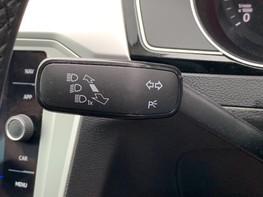 Volkswagen Passat SE BUSINESS TDI 45