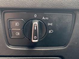 Volkswagen Passat SE BUSINESS TDI 47