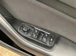 Volkswagen Passat SE BUSINESS TDI 49