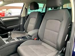 Volkswagen Passat SE BUSINESS TDI 51