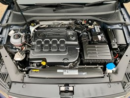 Volkswagen Passat SE BUSINESS TDI 7