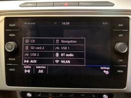 Volkswagen Passat SE BUSINESS TDI 26
