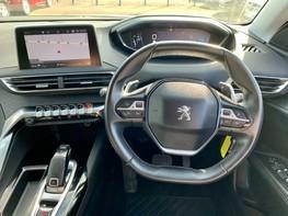 Peugeot 3008 PURETECH S/S ALLURE 18