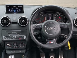 Audi A1 TFSI S LINE 18