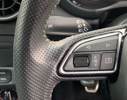 Audi A1 TFSI S LINE 33