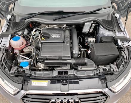 Audi A1 TFSI S LINE 7