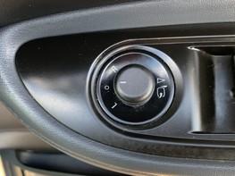 Vauxhall Mokka SE CDTI 38