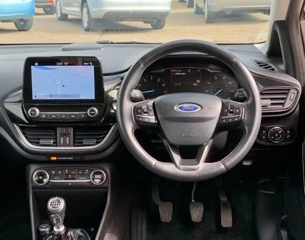 Ford Fiesta TITANIUM 18