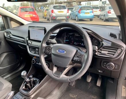 Ford Fiesta TITANIUM 17