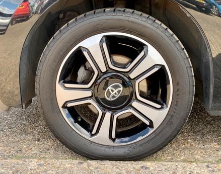 Toyota Aygo VVT-I X-CLUSIV X-SHIFT 13